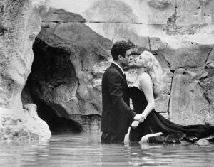 gli innamorati preferiscono il bacio